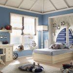 Полноценная кровать в детской