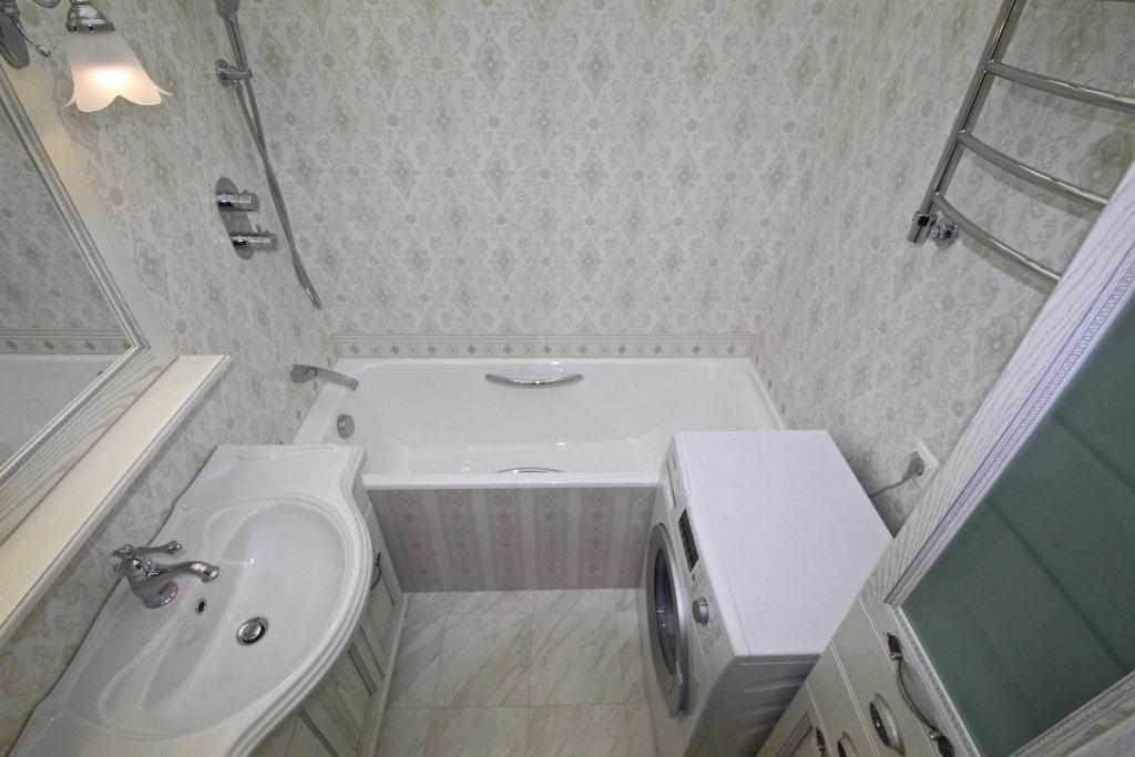 Ванная в двухкомнатной квартире серии п44т