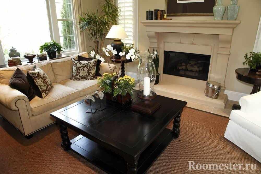 Камин в гостиной - комфортное место в доме