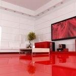 Красный пол в зале