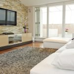 Декоративные элементы в гостиной в стиле минимализм