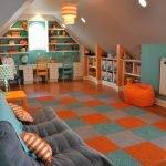 Оранжевый и бирюзовый в дизайне игровой комнаты