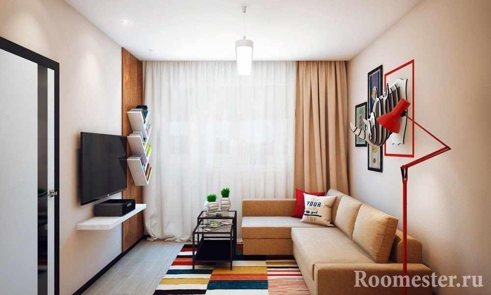 Гостиная комната с красочным ковром