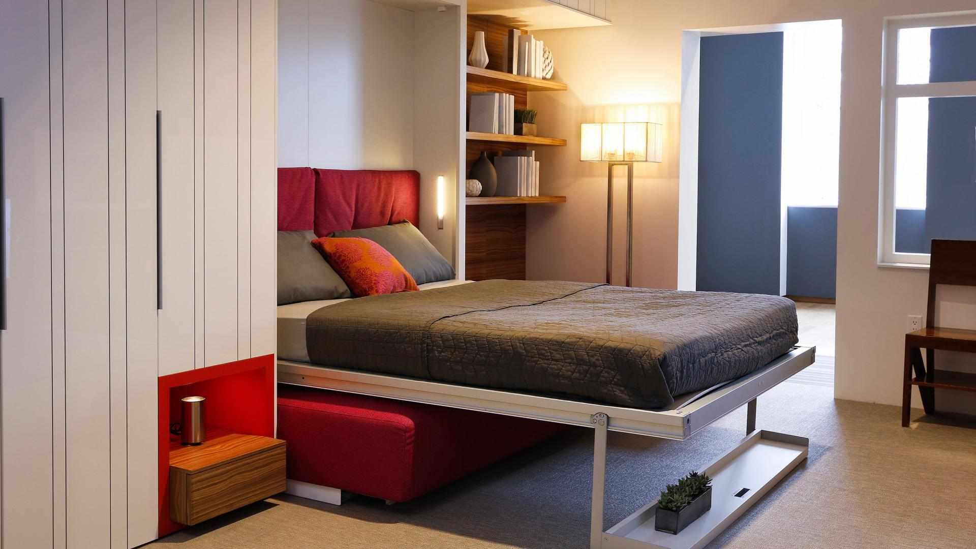 Откидная встроенная кровать в интерьере