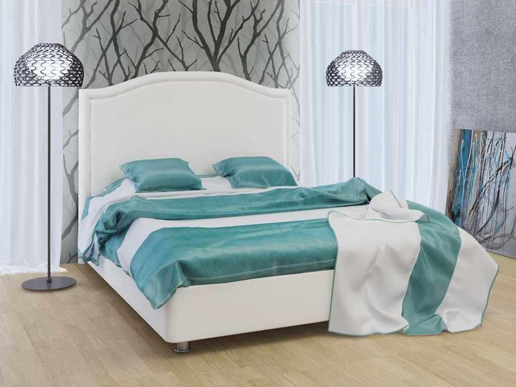 Кровать с плоским основанием в интерьере