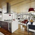Функциональная кухня, совмещенная с залом