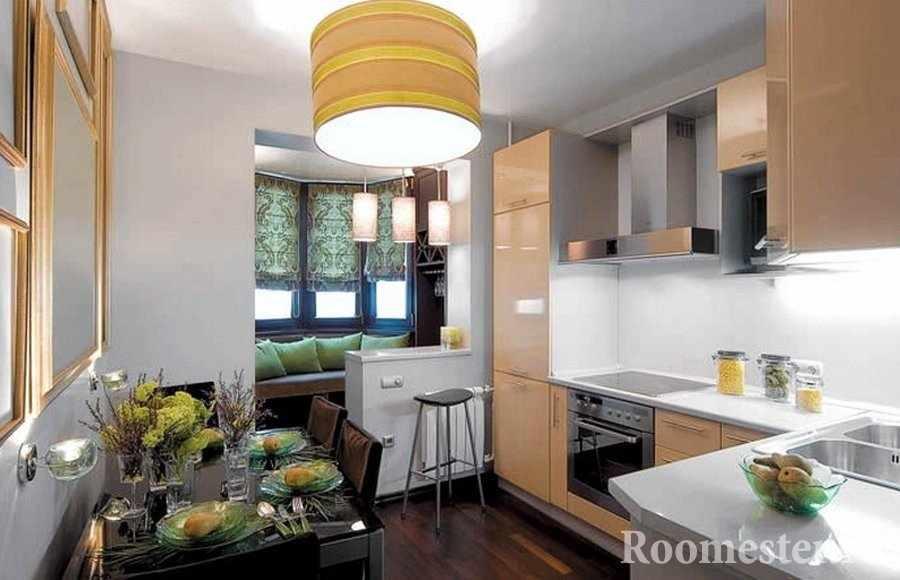 Небольшая кухня с совмещенным балконом