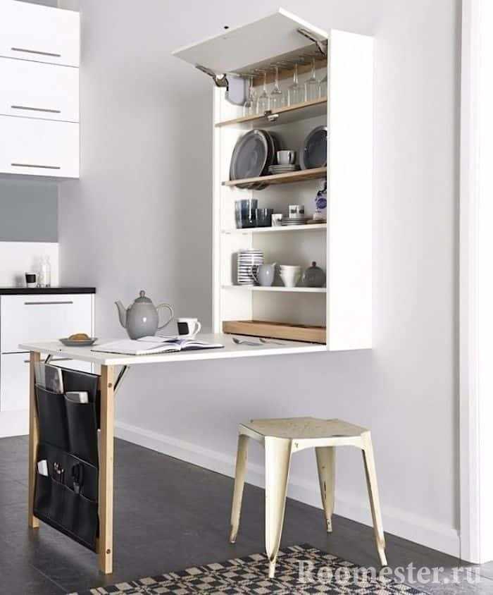 Экономия места в кухне с помощью раскладного стола