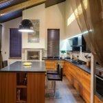 Фасад кухонной мебели из дерева
