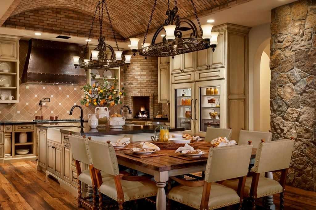 Кухня в английском стиле в доме