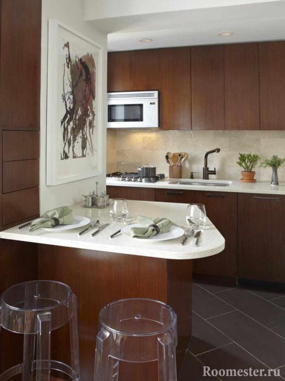 Деревянные фасады кухни