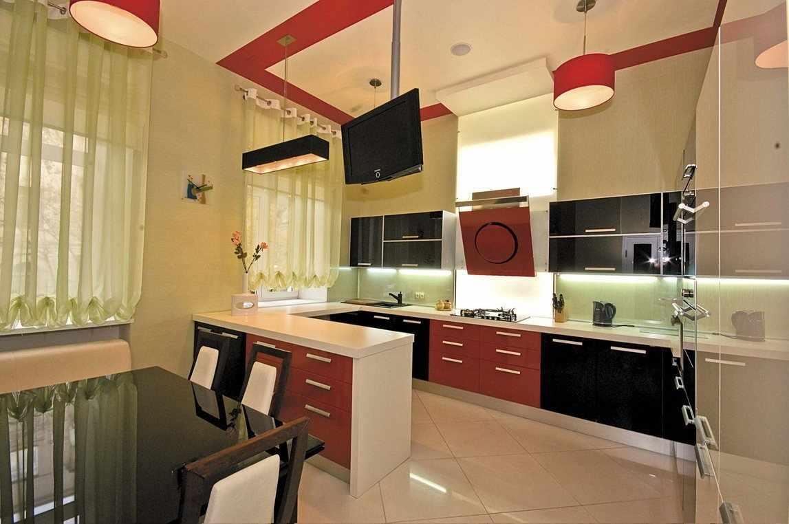 Плитка на полу кухни в квартире