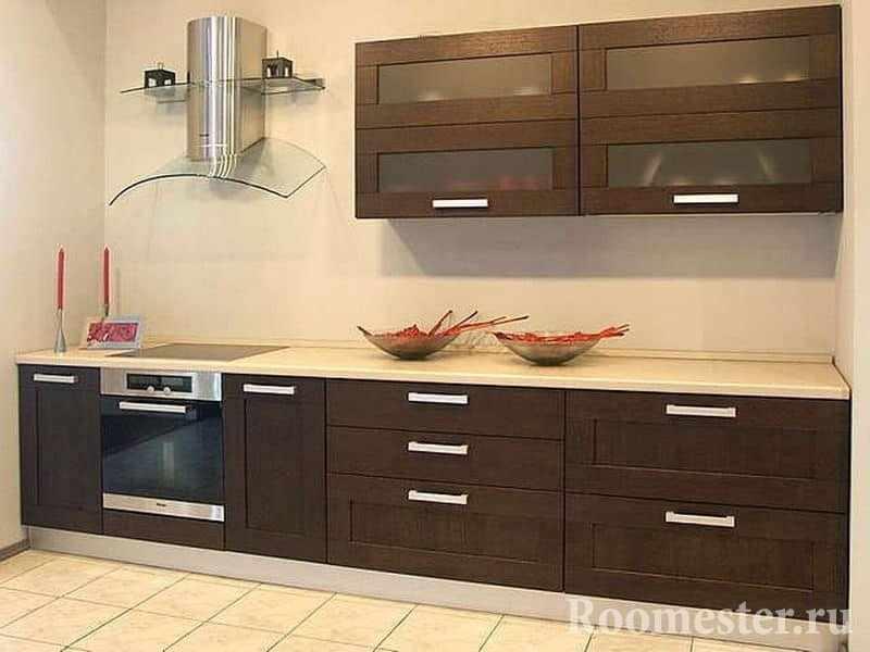 Маленькая кухня в цвете венге