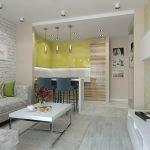 Мебель с фасадом под дерево на кухне