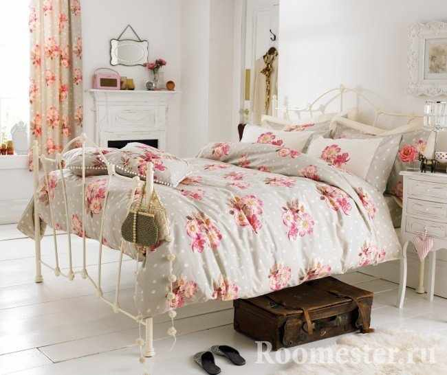 Спальня в нежных цветах