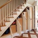 Шкафы под лестницей в доме
