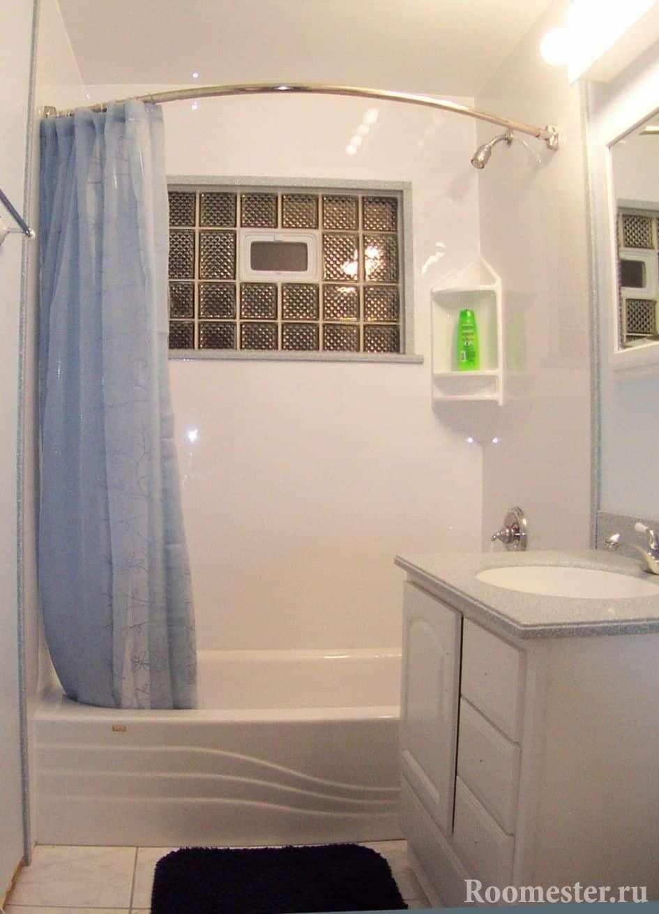 Вариант дизайна маленькой ванной комнаты без туалета