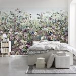 Стена в цветах