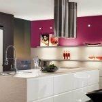 Интересное сочетание цветов в интерьере кухни