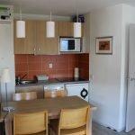 Кухня в прямоугольном помещении
