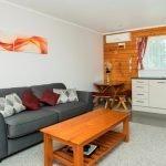 Яркая мебель в гостиной