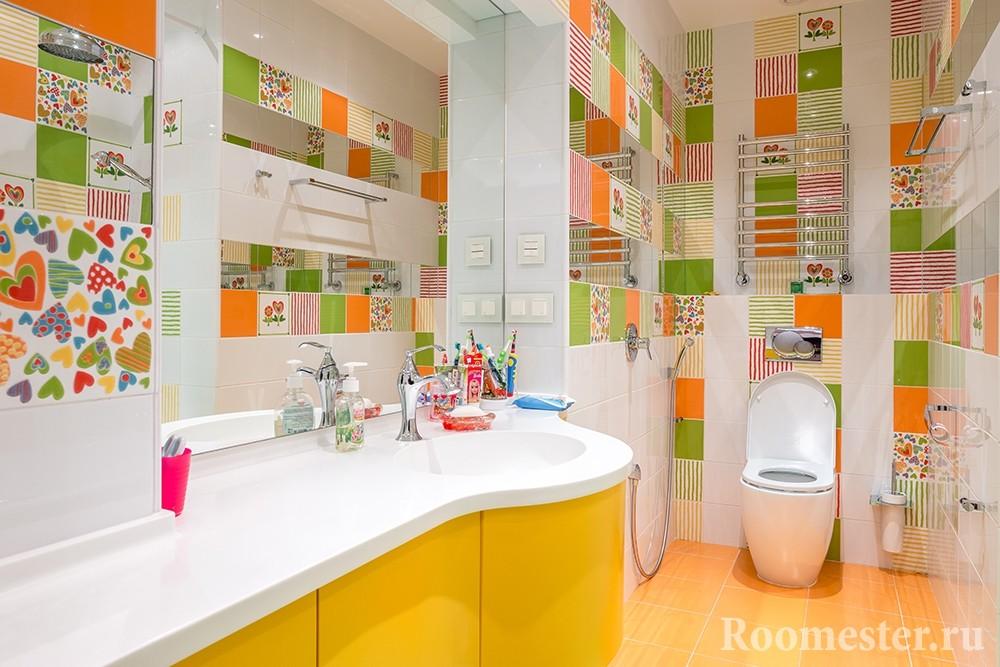 Яркая цветная ванна