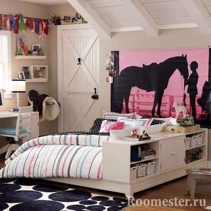 Кровать с полками в дизайне комнаты для девочки подростка