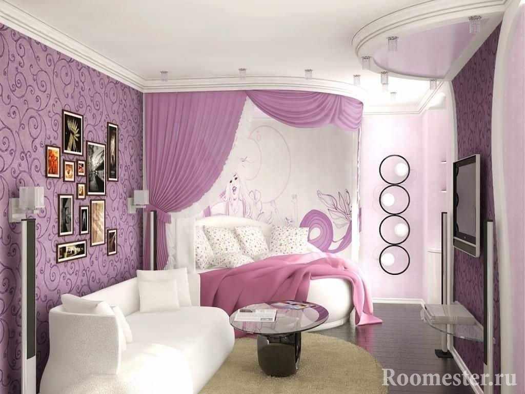 Спальное место отделено в комнате девочки-подростка