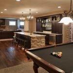 Подвал с гостиной, кухней и бильярдной