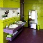 Зеленые стены и фиолетовый пол