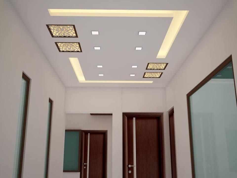 Потолок с рисунком из ламп