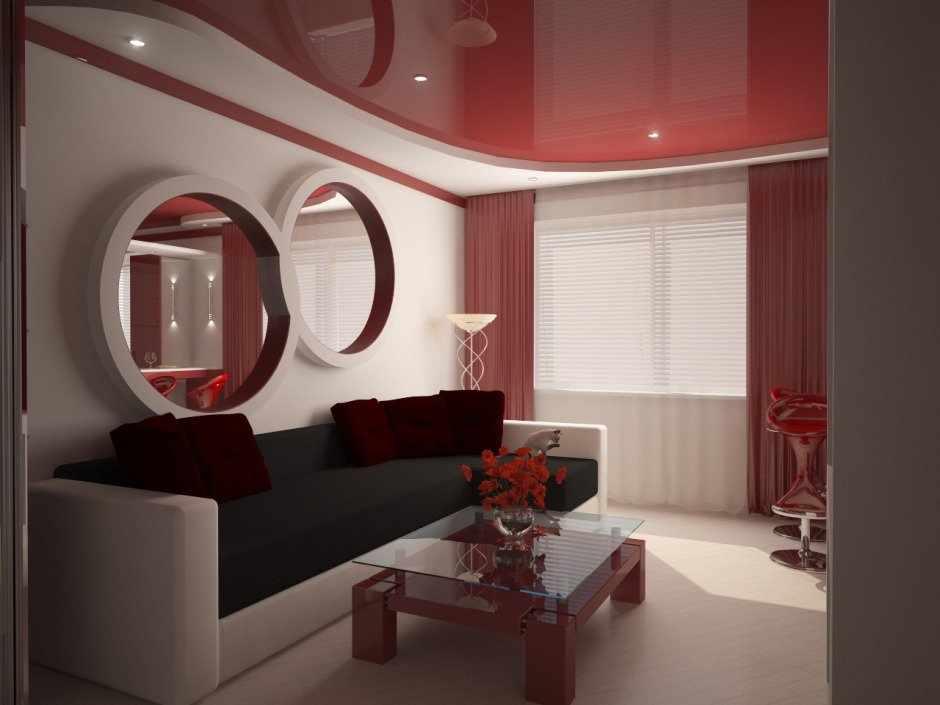 Красный потолок в гостиной