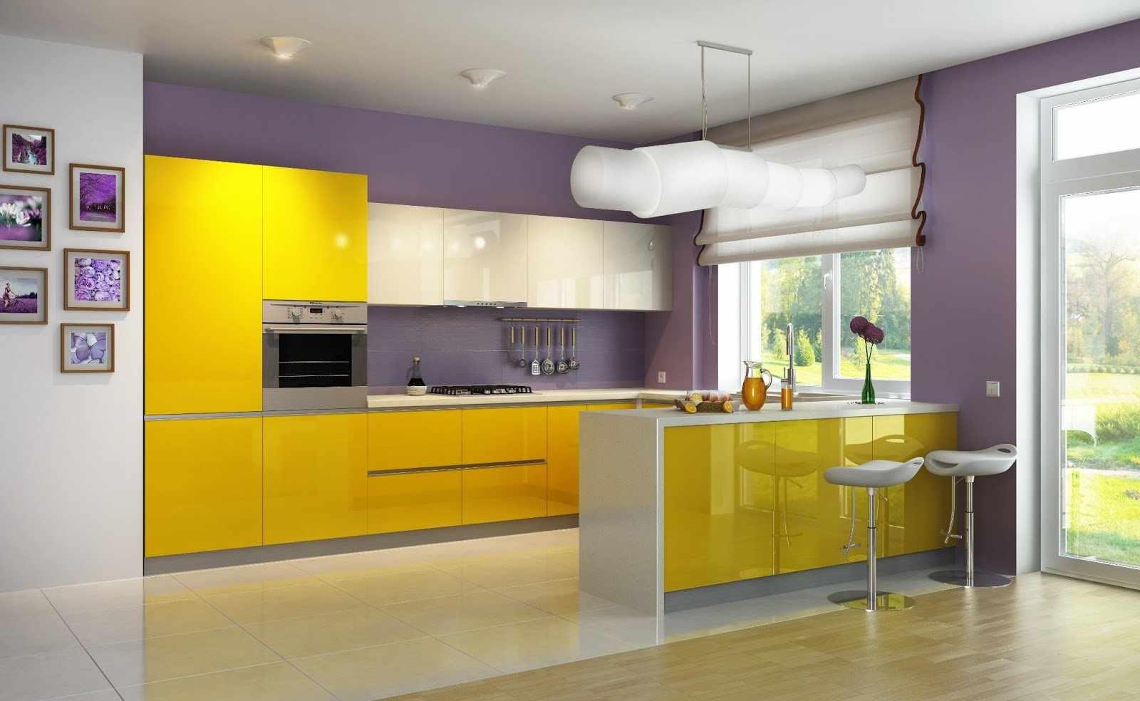 Сочетание желтого и фиолетового цветов на кухне