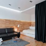 Ламинат в интерьере квартиры-студии