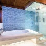 Ванная, встроенная в пол
