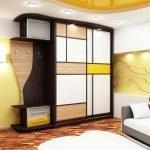 Дизайнерский шкаф для прихожей