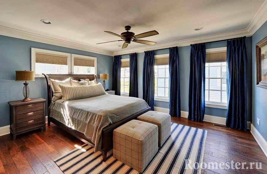 Синие шторы в спальню