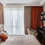 Длинные шторы для спальни
