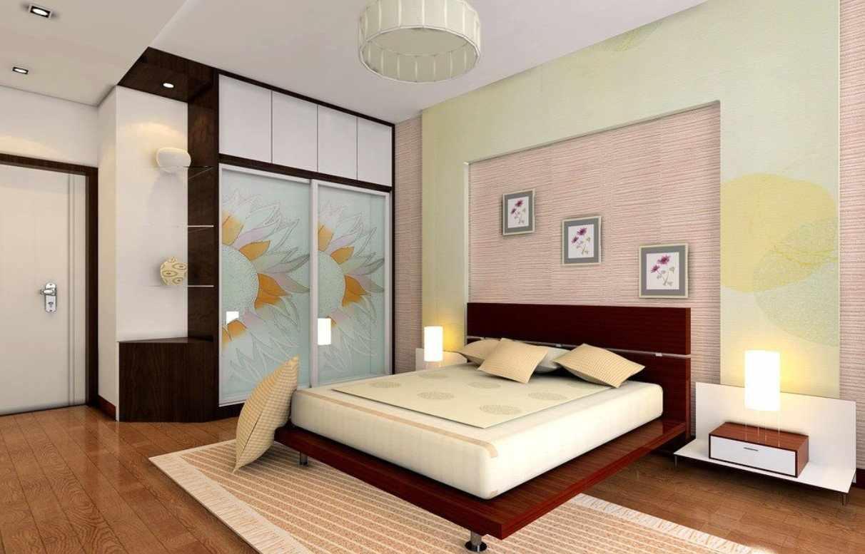 Большой шкаф для одежды в спальне