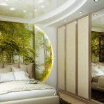Лес на стене в спальне