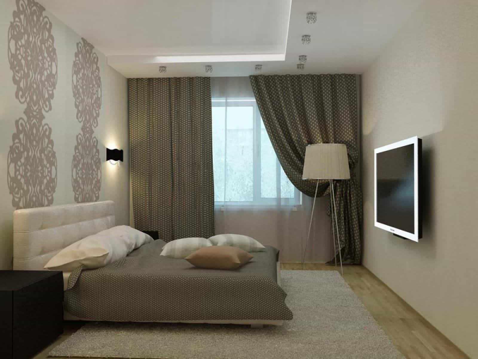 Точечные светильники на потолке и бра на стене в спальне