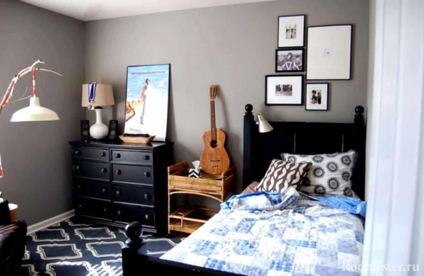 Небольшая спальня для мальчика