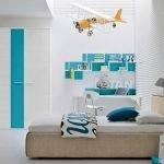 Самолет на потолке