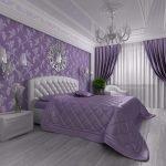 Фиолетовые акценты в светлом интерьере