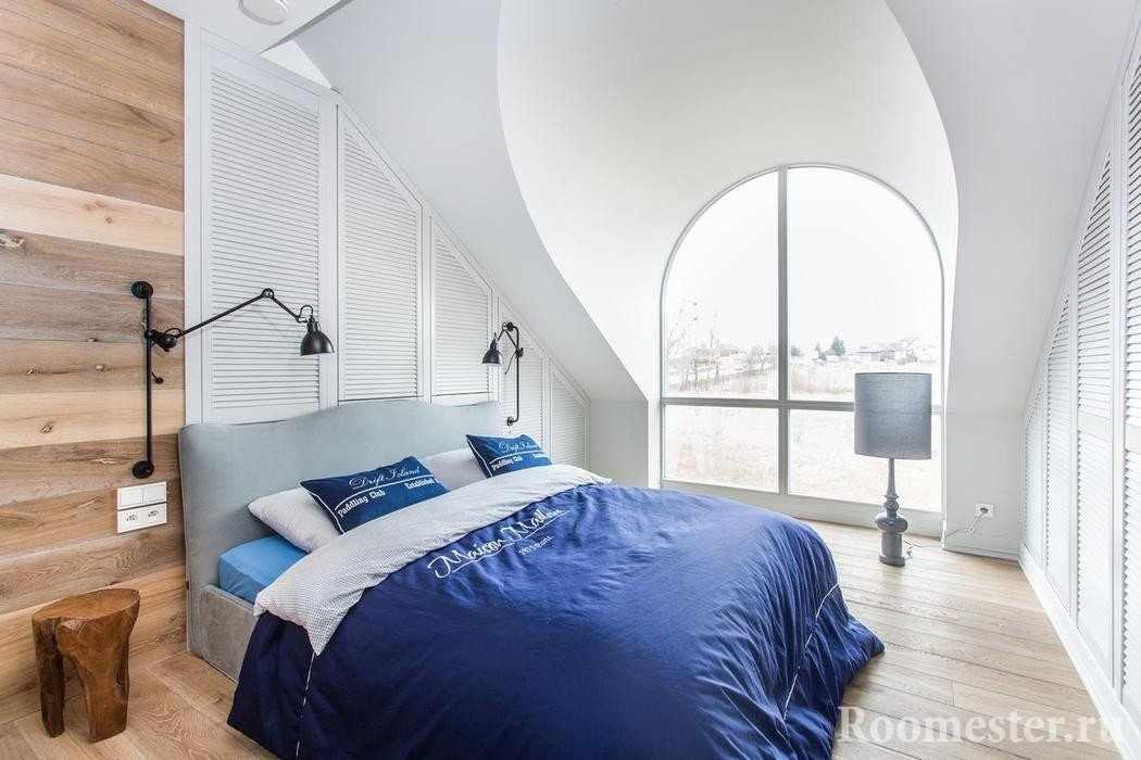 Пример оформления спальни на мансарде
