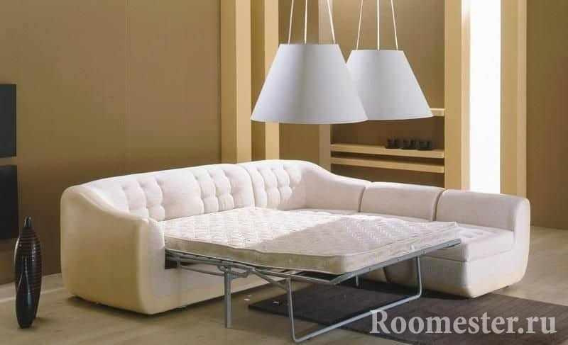 Белый угловой диван с ортопедическим матрасом