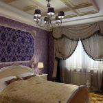 Панно с подсветкой на стене спальни