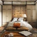 Шкафы по бокам кровати