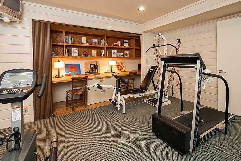 Кабинет и спортзал в одной комнате