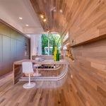 Отделка комнаты деревянными панелями